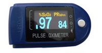 OXHC 50D Fingerpulsoximeter inkl. Batterien/Tasche/Silikonschutzhülle/Trageband